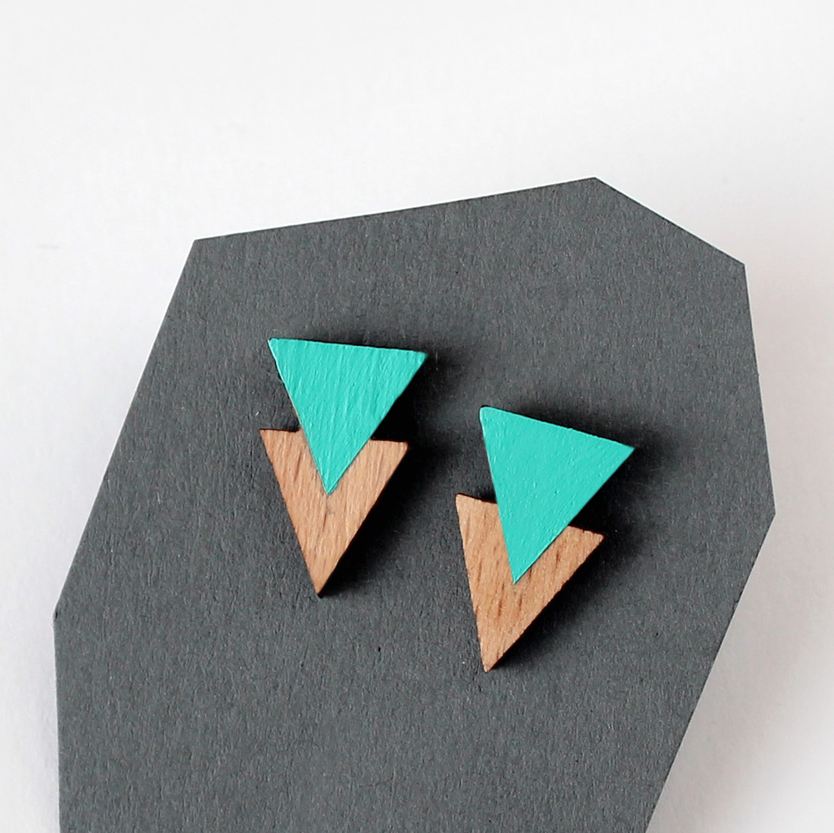 menta natur fa dupla háromszög füli